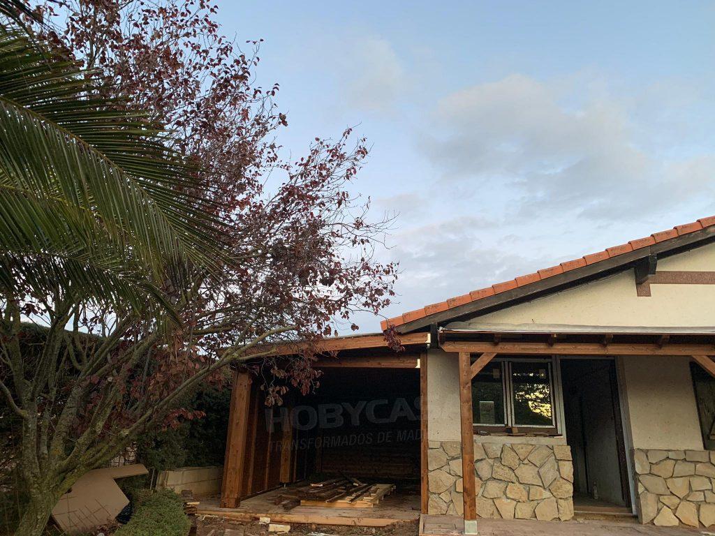 Tipos porches de madera Moderno cerrado