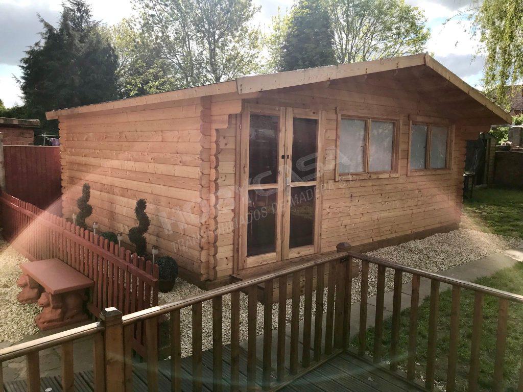 Porches de madera para mobil home Truus