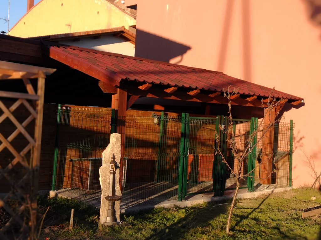 Garajes de madera a medida - casas de clientes