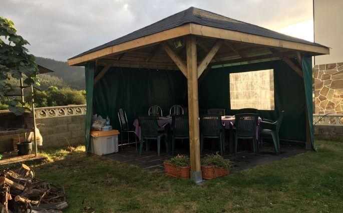 Cenador de madera Tourist en Navarra - casas de clientes