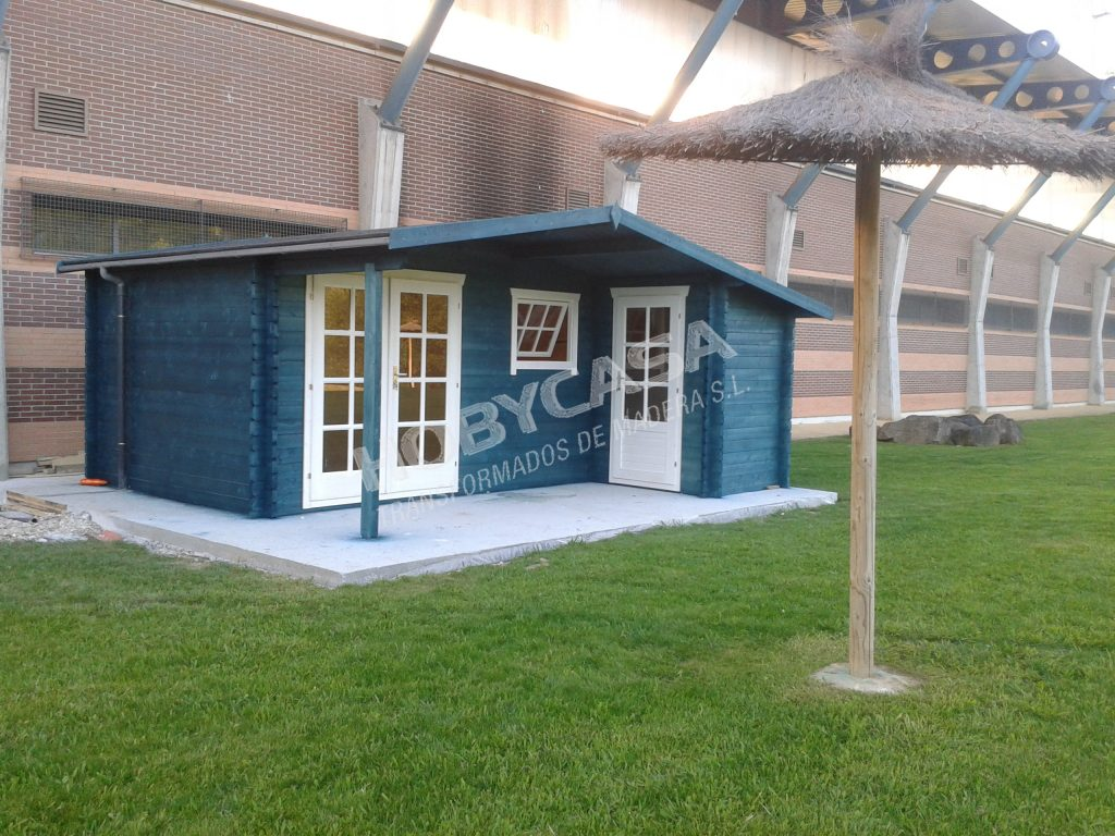 Como montar una casa de madera Wolfgang azul