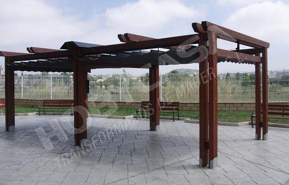 Pergola de madera con techo Vitoria con toldo