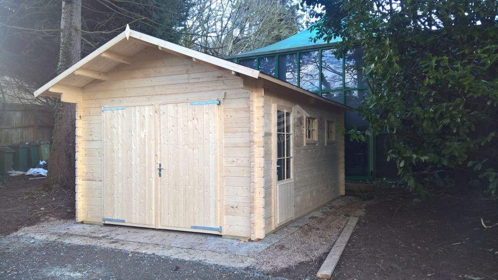 Consejos para comprar garajes de madera Geir lado