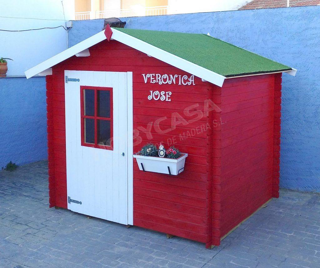 Ventajas de comprar una casita de madera para niños Cinzia roja
