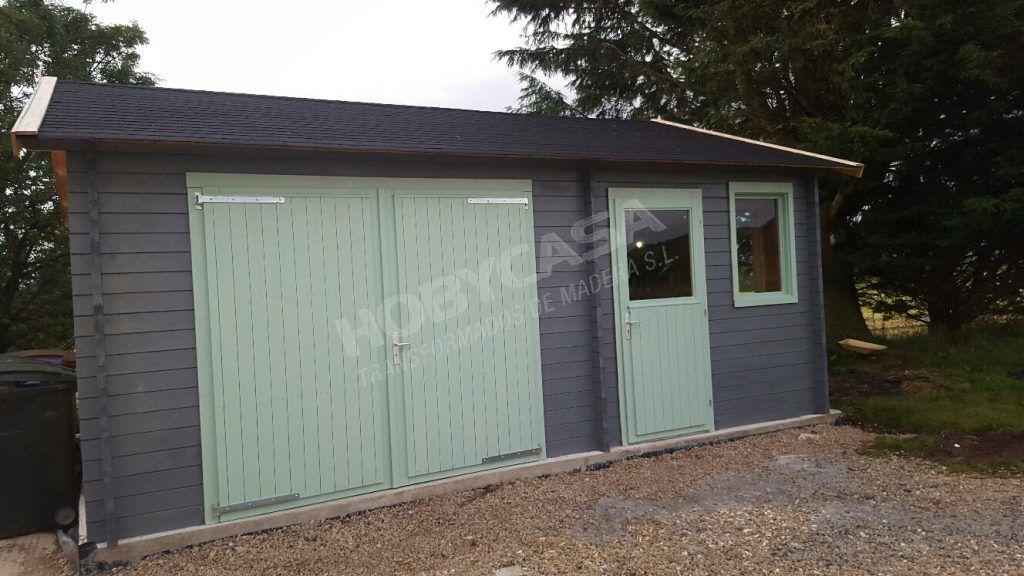 Consejos para comprar garajes de madera Moa entrada