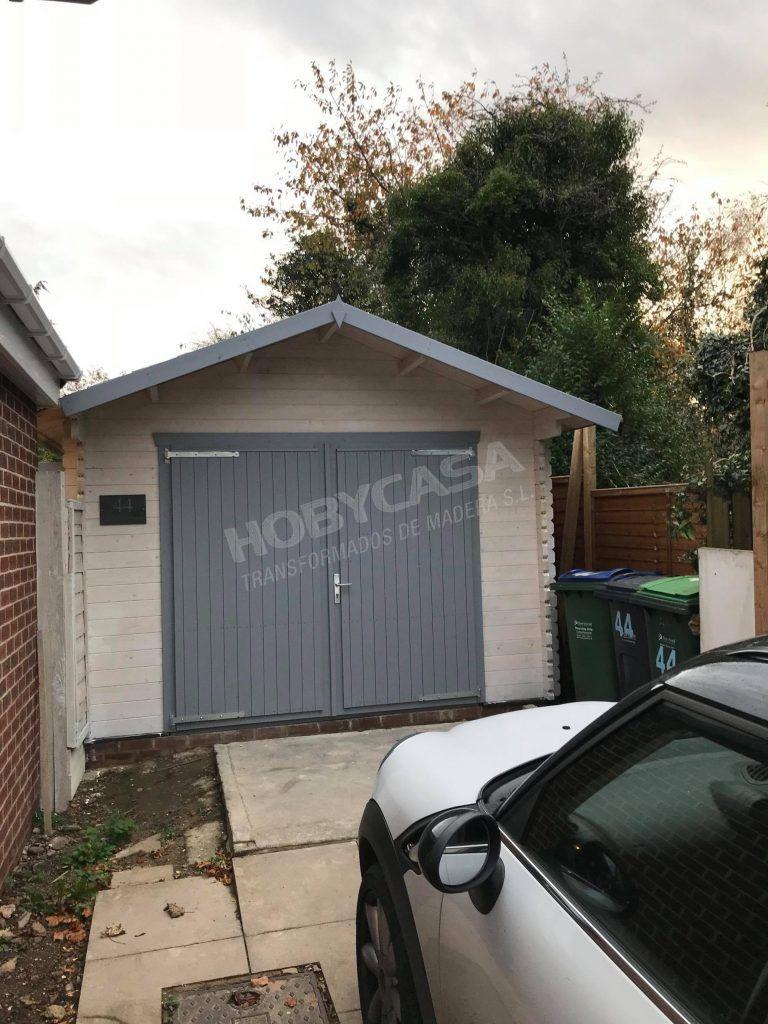 Consejos para comprar garajes de madera Geir frontal