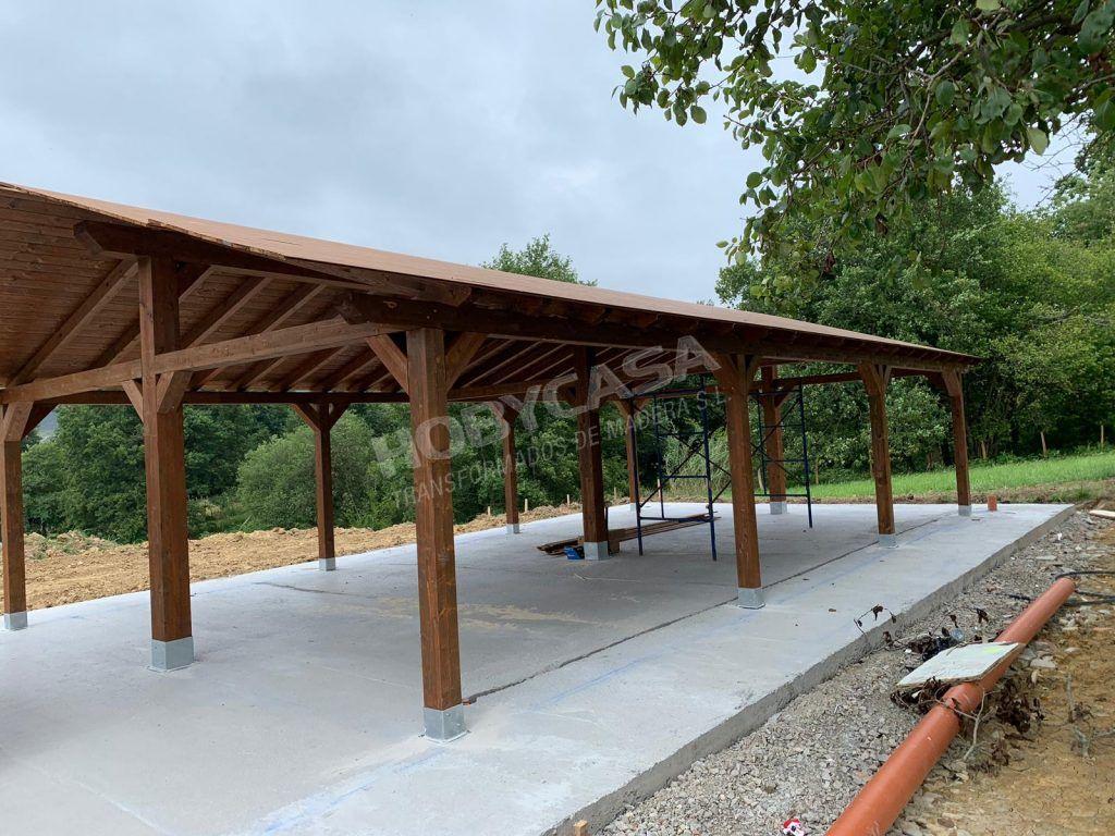 Porches de madera para casas tejado a 2 aguas