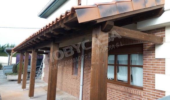 Porches de madera para casas lado