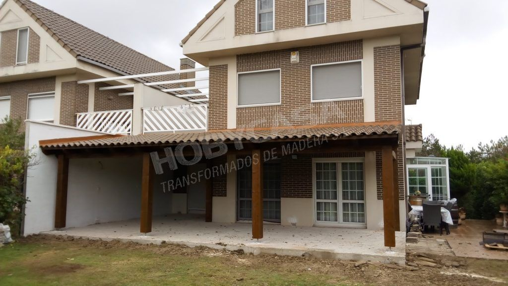 Porches de madera para casas pamplona