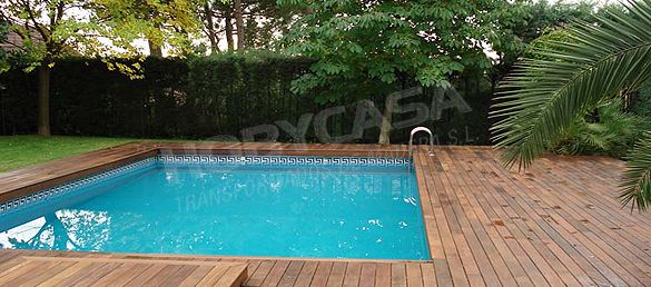 Que el la madera tropical certificada piscina lado